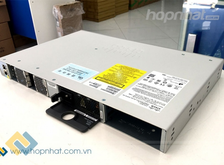 Switch Cisco C9200L-24T-4G-E